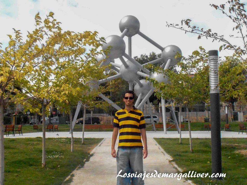 Atomium de Bélgica en el parque Europa - Los viajes de Margalliver